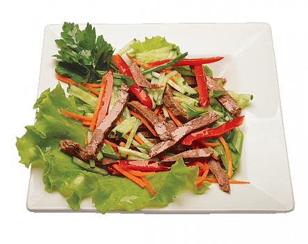 Салат из мяса и соевого соуса